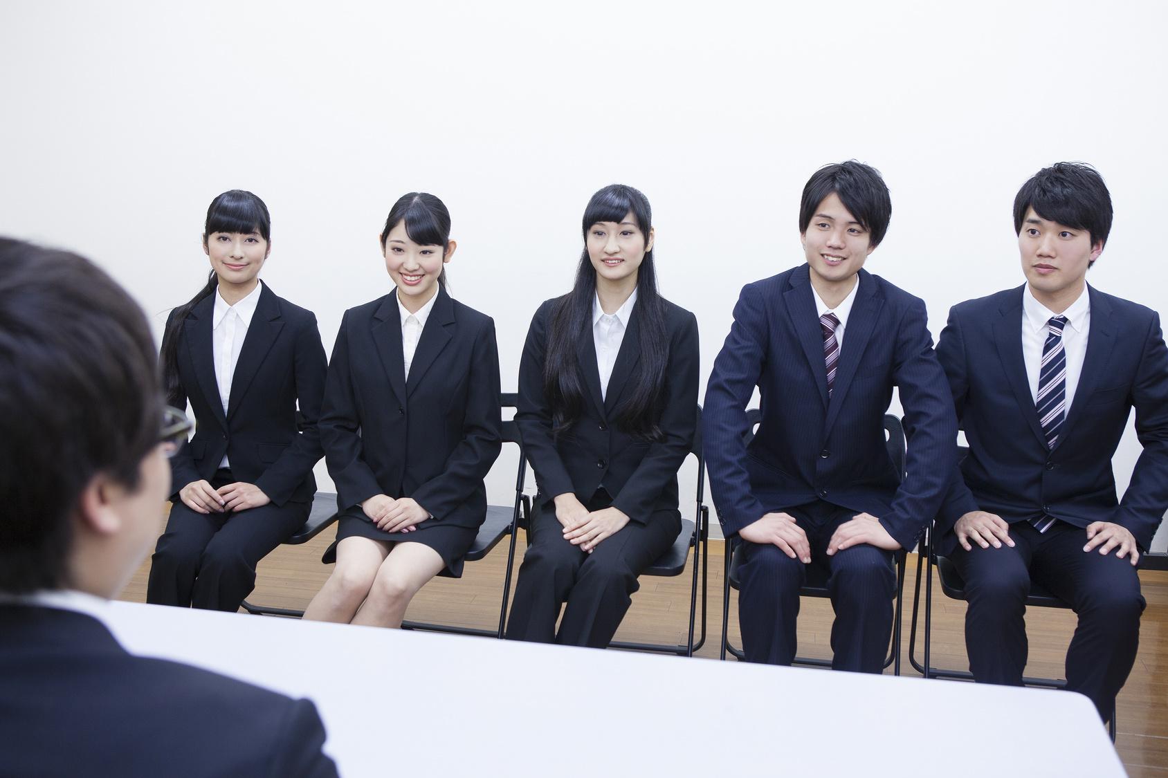現役転職エージェントが教える転職面接の基本マナー講座① 服装